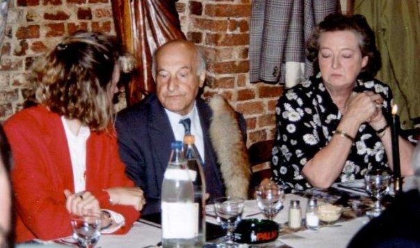 Jaarlijkse herdenking door het Anton van Wilderode-genootschap