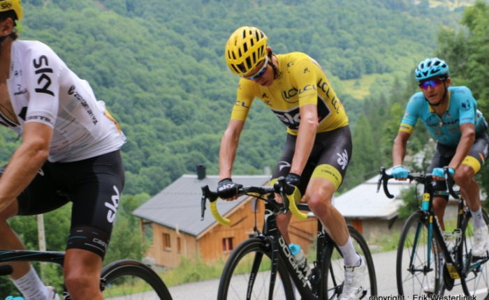 Chris Froome stunt in de Giro