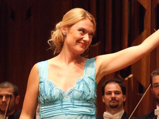 Magdalena Kozena wordt45…