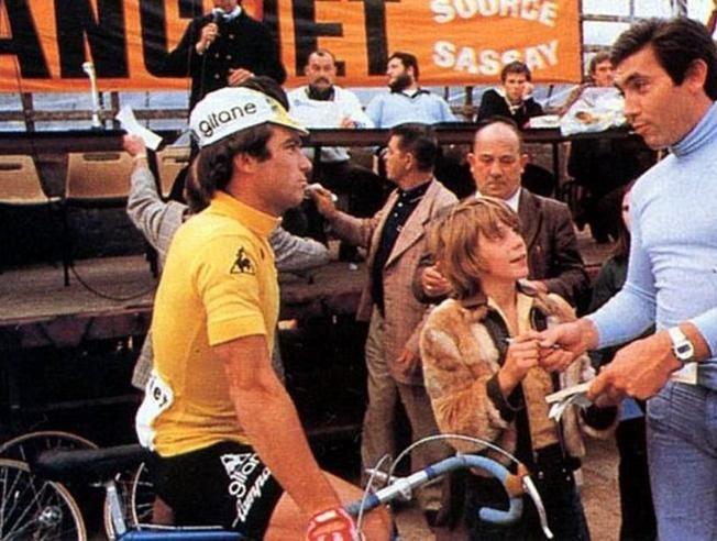 Veertig jaar geleden: Hinault wint Tour die doodbloedde voor deBelgen