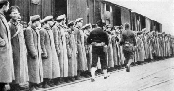 Honderd jaar geleden: de bolsjevieken hakken de Amerikanen in de pan (of tochniet?)