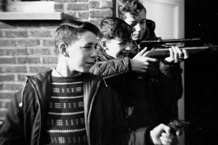 Dertig jaar geleden: geweerschieten en tafeltennis bijSNA