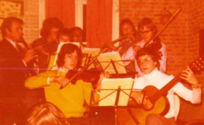 """45 jaar geleden: eerste """"overbruggingsconcert"""" in deVeldstraat"""