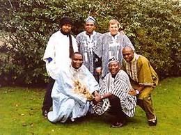 25 jaar geleden: Afrikaanse muziek bijLogos