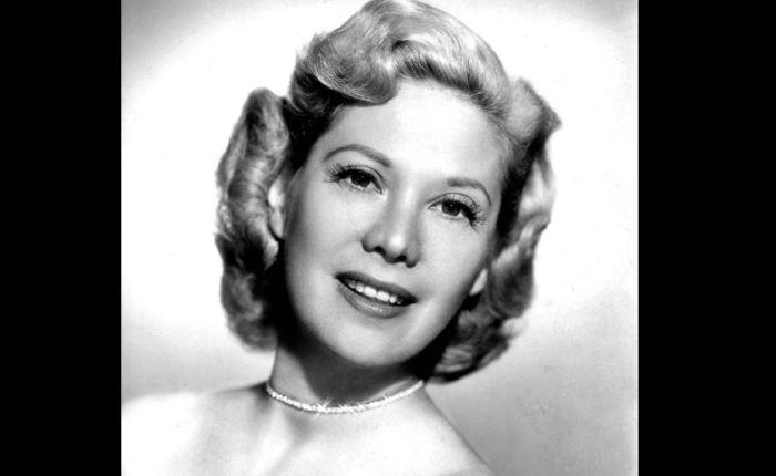 Dinah Shore (1916-1994)