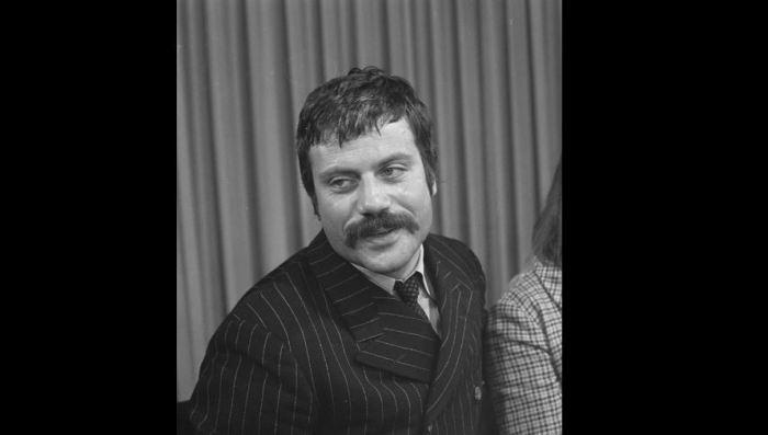 Oliver Reed (1938-1999)