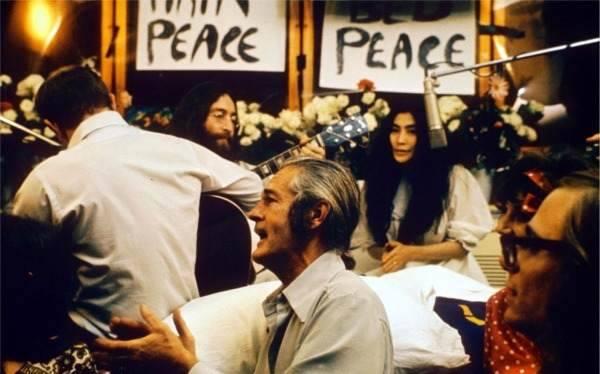 """Vijftig jaar geleden: """"Give peace achance"""""""