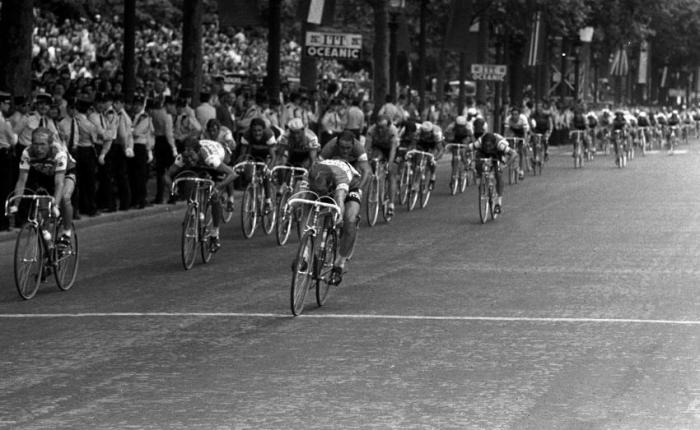 45 jaar geleden: Walter Godefroot is de eerste winnaar op de ChampsElysées