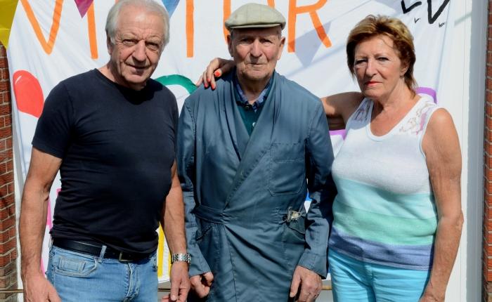 Victor De Cauwer, 100, 's werelds oudsteduivenmelker