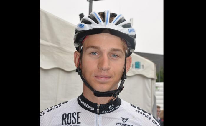 Lennard Kämna wint in deTour