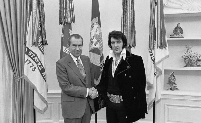 Vijftig jaar geleden: Elvis Presley bij RichardNixon