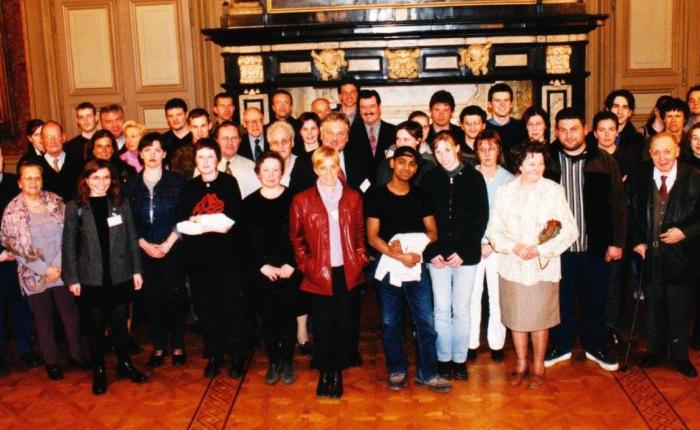 """Twintig jaar geleden: de """"nieuwe Gentenaars"""" op het stadhuisontvangen"""
